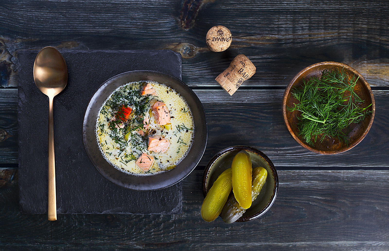 Zupa regenerująca z łososiem