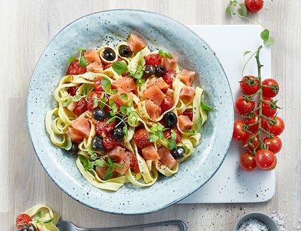 Tagliatelle with MOWI smoked salmon